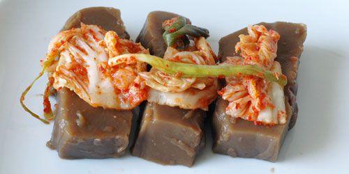 Acorn jelly with kimchi