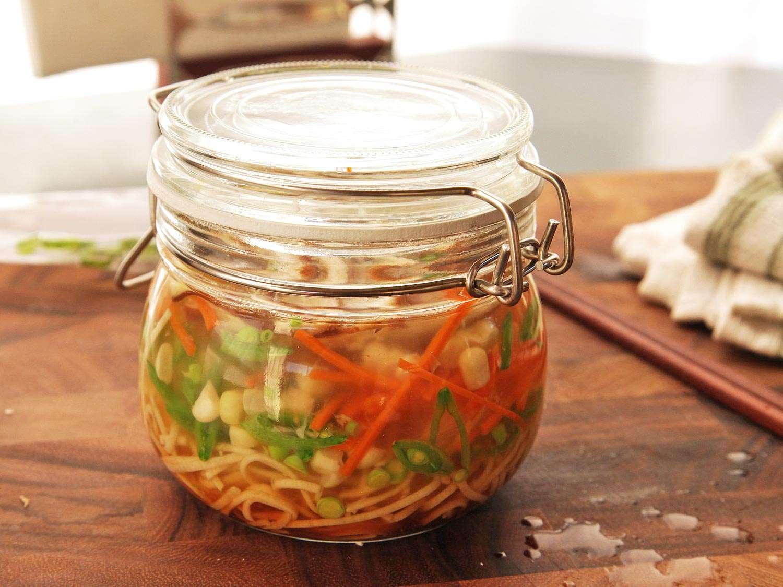 20140929-instant-noodles-diy-recipe-vegetable-images-3.jpg