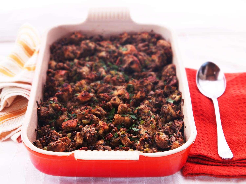 20141104-vegan-stuffing-thanksgiving-food-lab-recipe-15.jpg