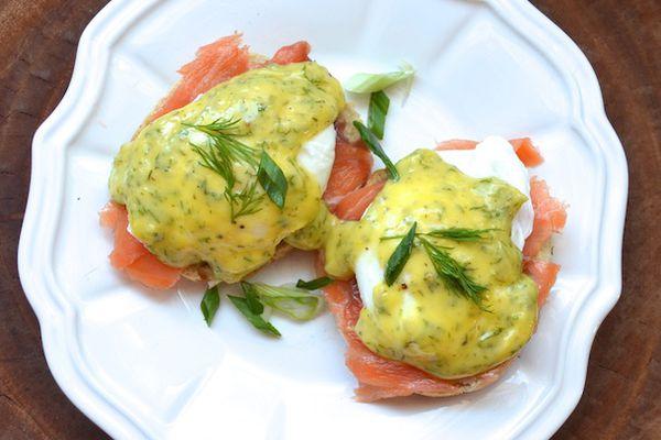 282596-20140215-smoked-salmon-eggs-benedict-dill-hollandaise.JPG