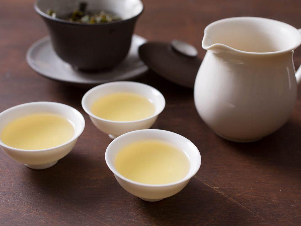 20150206-tea-vicky-wasik-oolong-service.jpg