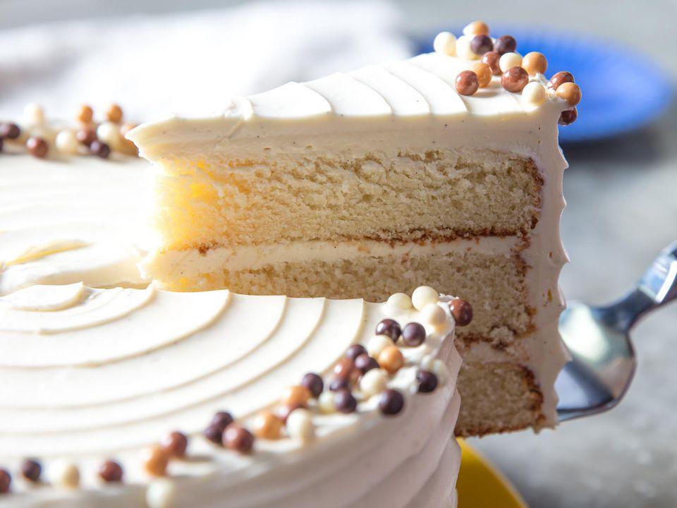 20170412-vanilla-layer-cake-vicky-wasik-21.jpg