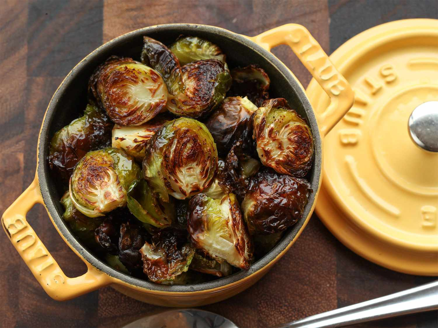 20151031-thanksgiving-brussels-sprouts-recipe-roundup-01.jpg