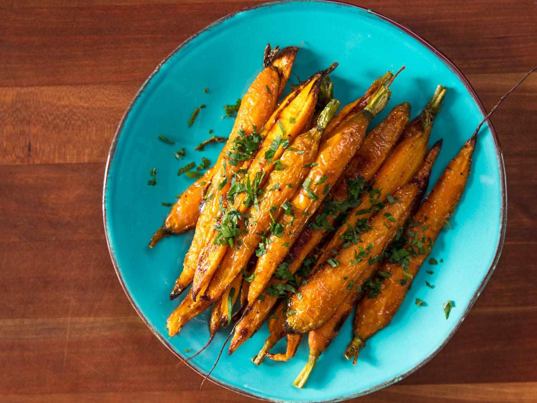 20170908-roasted-vegetables-vicky-wasik-carrots5.jpg