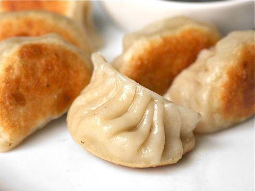 20110406-chinese-appetizers-dumplings-ask-the-food-lab.jpg