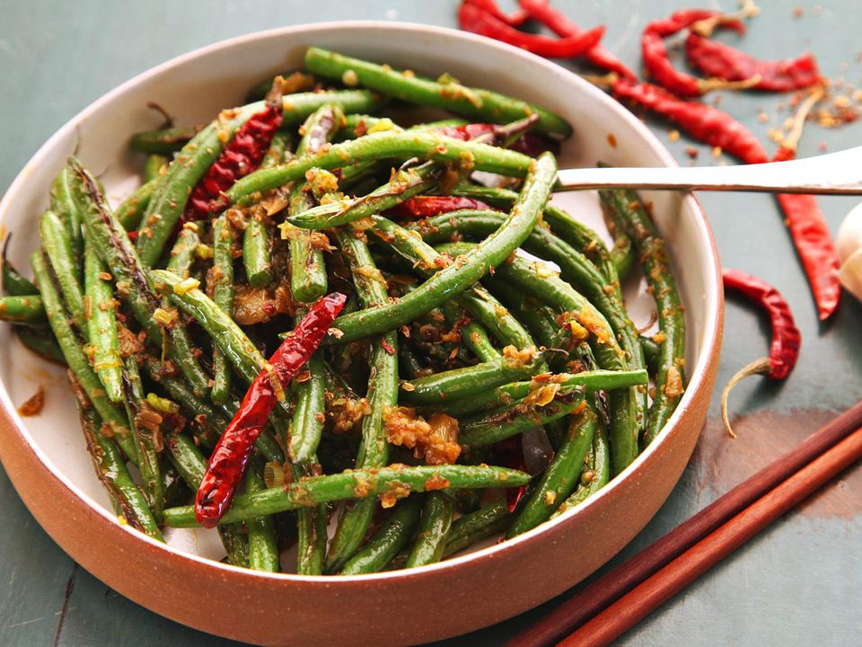 20150305-sichuan-dry-fried-green-bean-broiled-food-lab-15.jpg