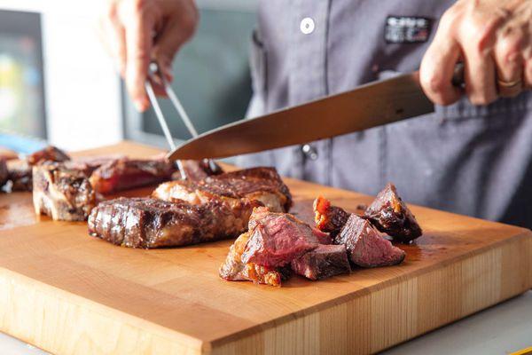 20191112-wagyu-steak-tasting-vicky-wasik-9