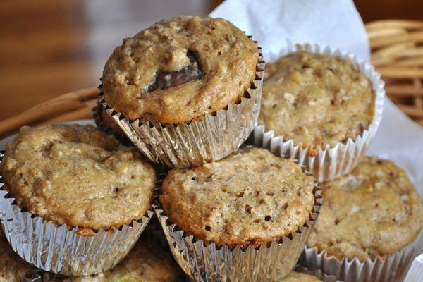 20120828-wake-and-bake-peach-bran-muffins.JPG