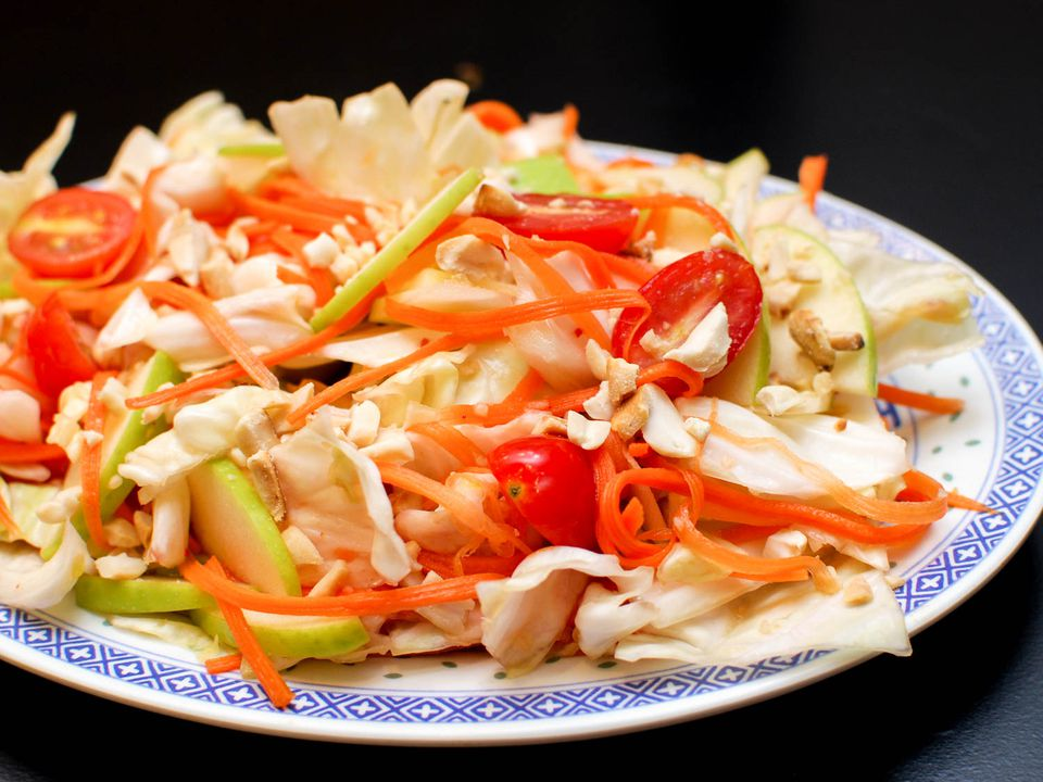 05212015-spicy-cabbage-salad-fish-sauce-dressing-shaozhong-13.jpg