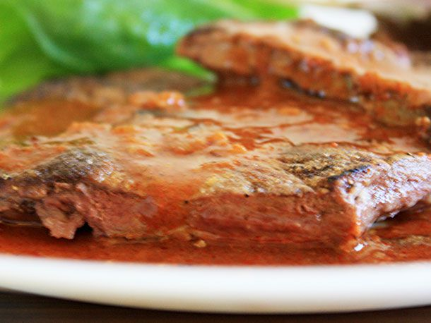 20111018-nasty-bits-liver-red-chile-sauce-primary2.jpg