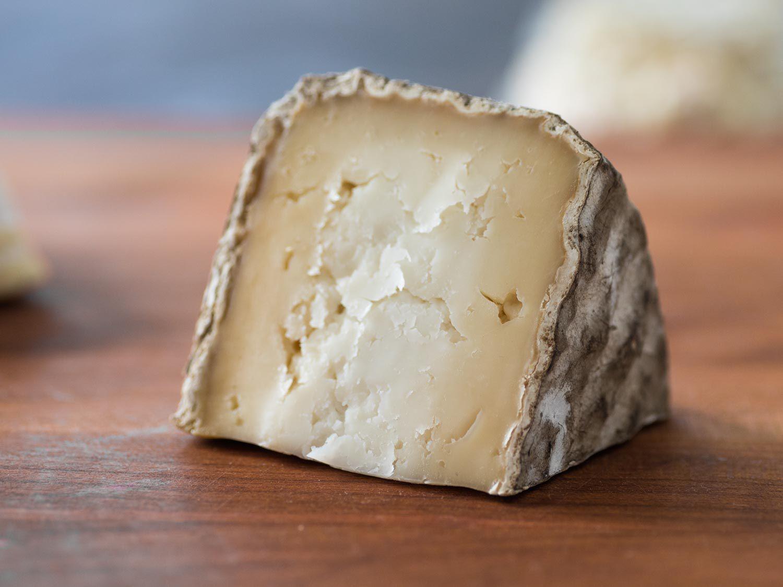 20170313-spring-cheese-vicky-wasik-10-garrotxa.jpg