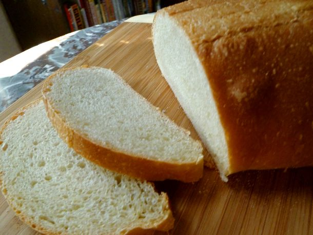 20101209 starer-along-sourdough-bread.JPG