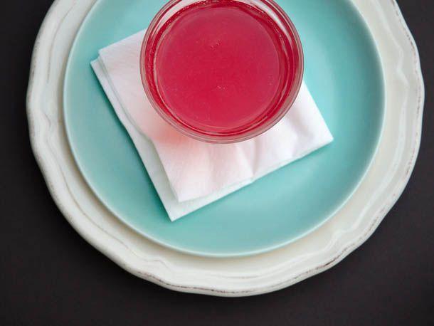 20130506-251109-rhubarb-juice.jpg