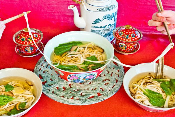 20170116-chinese-new-year-2017-longevity-noodles-reilly.jpg