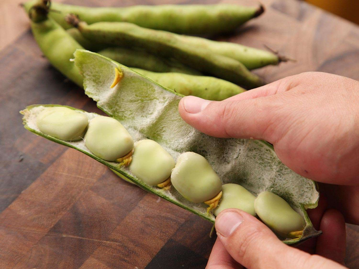 20150504-how-to-prepare-spring-green-produce06.jpg