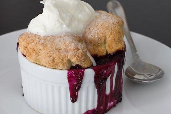 20110620-158015-sweettech-blueberry-cobbler-recipe.jpg