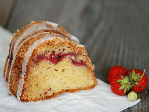 20110718-127677-Serious-Sweets-Strawberry-Coffee-Cake-PRIMARY-thumb-518xauto-173174.jpg