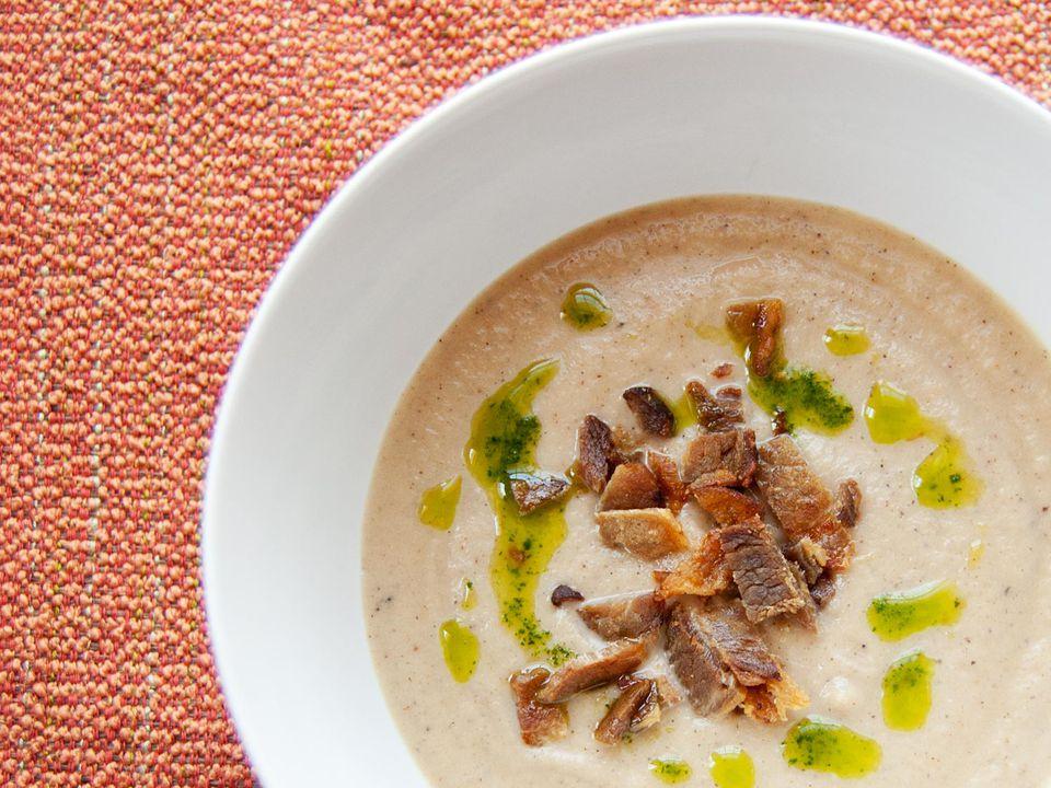 20131023-roasted-cauliflower-soup.jpg
