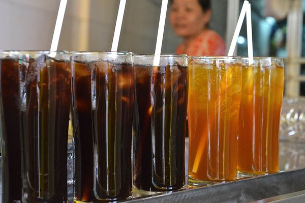 20140805-vietnam-drinks-tra-atiso-barbara-adam.jpg
