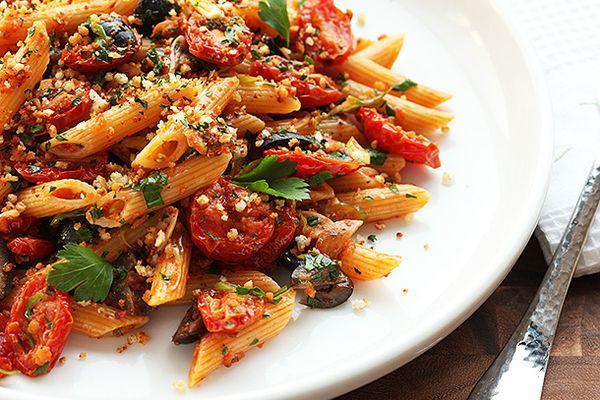 20140223-vegan-pasta-dried-tomato-olive-bread-crumb-recipe-12.jpg