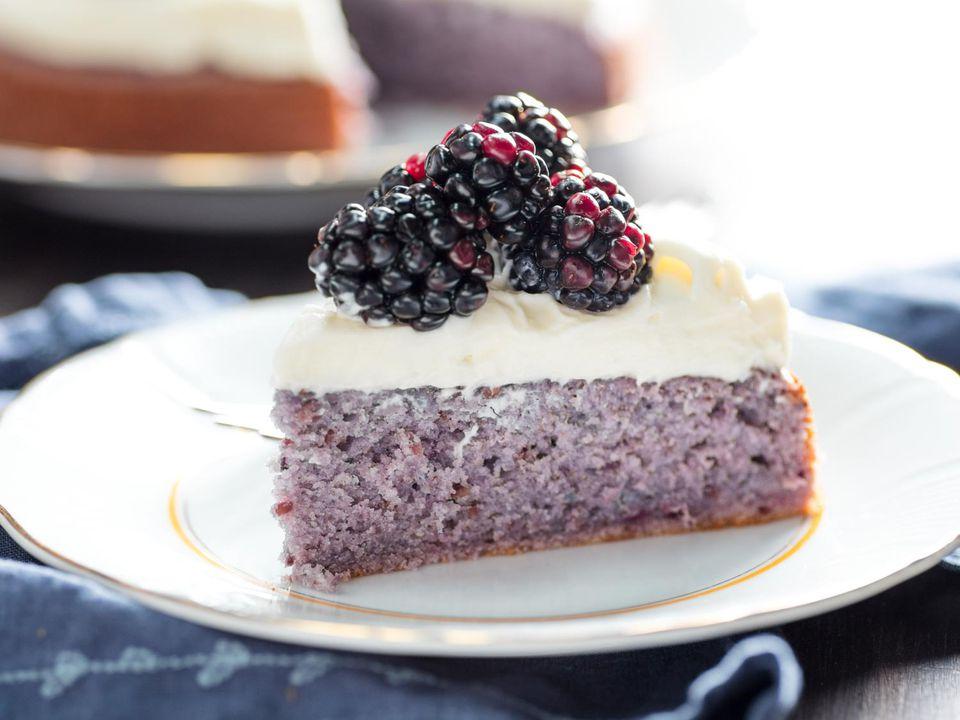 20170627-blackberry-cake-vicky-wasik-26.jpg