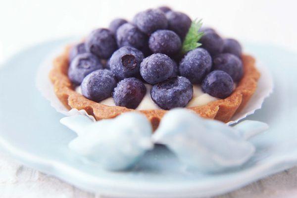 20110627-158509-pastry-cream-and-fesh-fruit-tart.jpg
