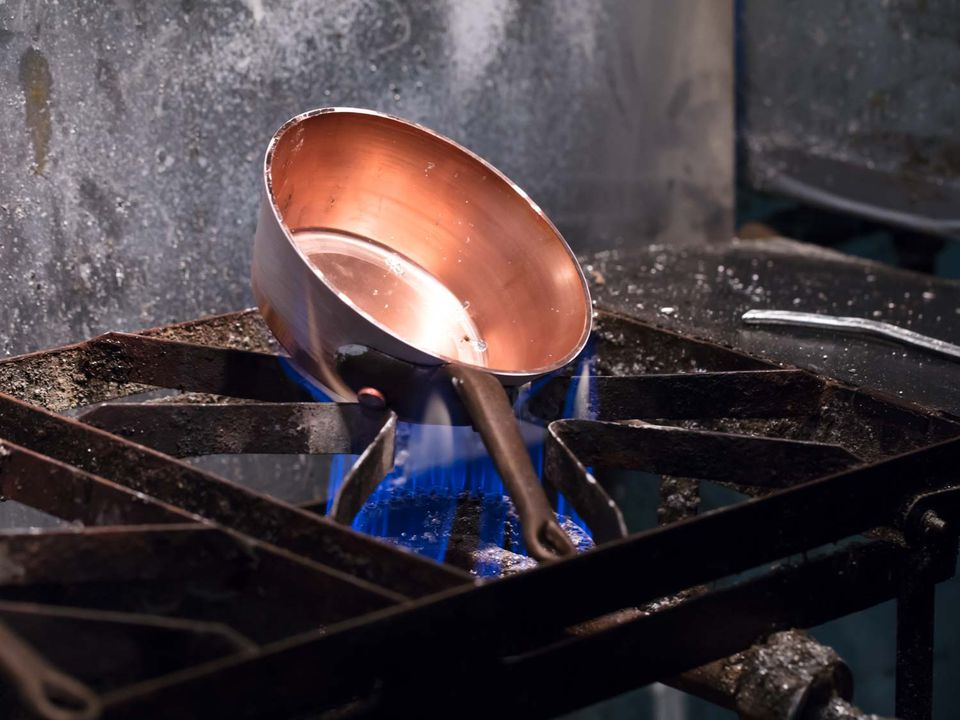20181116-copper-pot-making-vicky-wasik-33