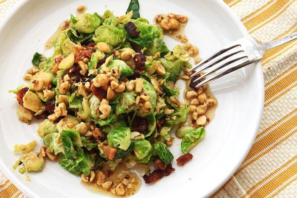 20141022-brussels-sprouts-salad-hazelnut-bacon-5.jpg