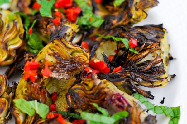 20100325-grilled-artichokes-large.jpg