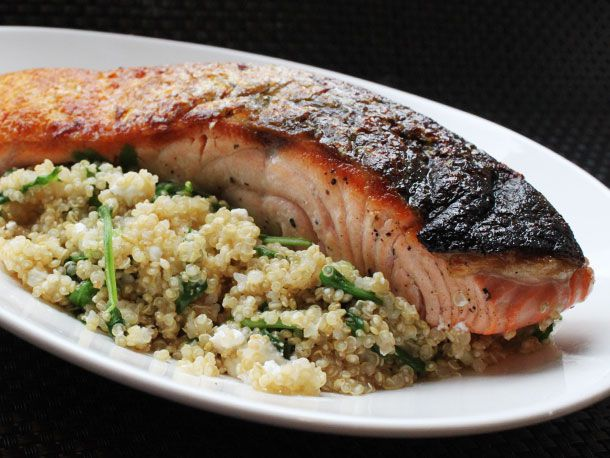 20130308-skillet-suppers-salmon-quinoa1.jpg