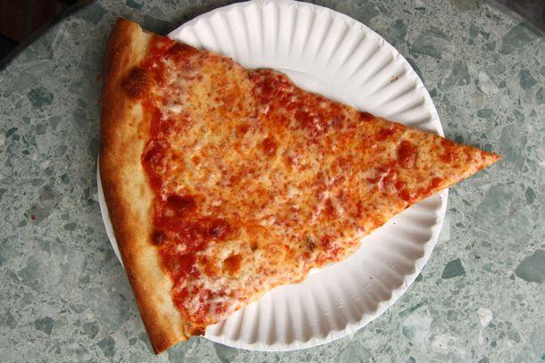 20110506-corner-slice-joes-bleecker-roma-zpizza-11.jpg