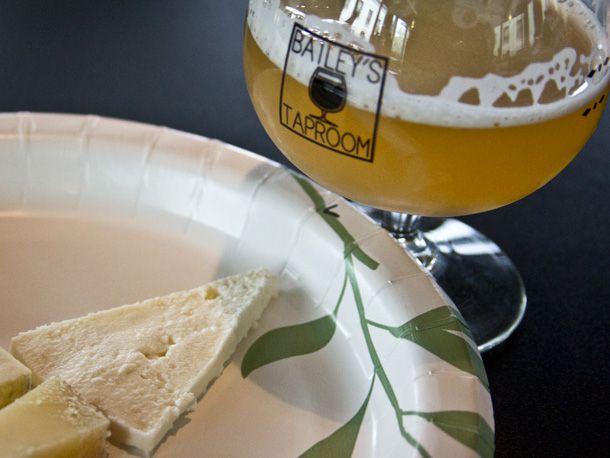 20140407-289190-breakside-gooseberry-wheat-ladysmith-cheese.jpg