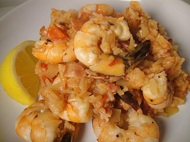 Shrimp bog with lemon wedge