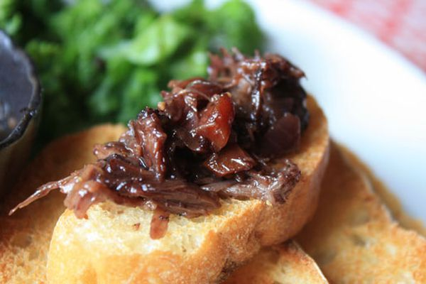 20120806-nasty-bits-oxtail-marmalade-bread-post.jpg