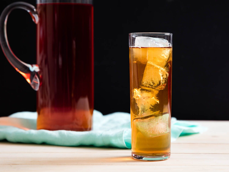 20160710-summer-recipes-essential-kenji-sun-tea.jpg