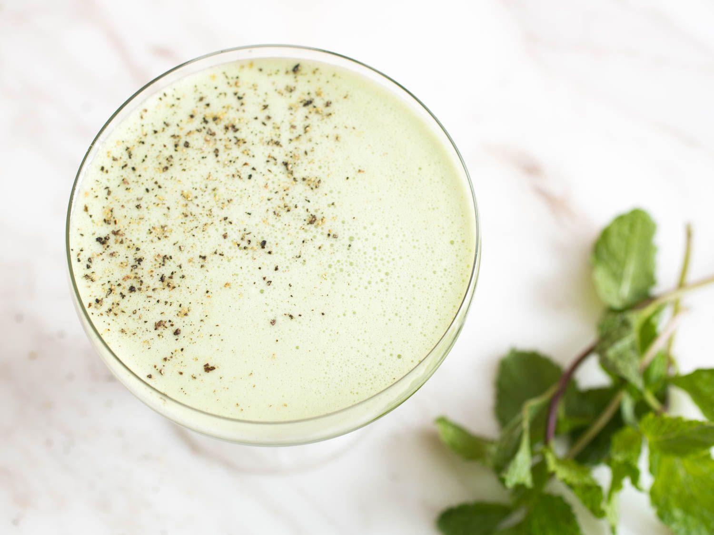 20150505-mint-cocktails-dream-of-greenie-vicky-wasik-2.jpg