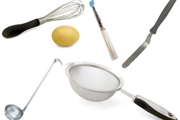 20100426-esential-kitchen-hand-tools-ii.jpg