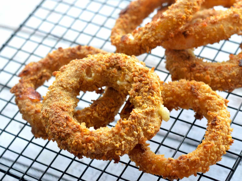 20150412-Baked-Mozzarella-Stuffed-Onion-Rings-Rack-Morgan-Eisenberg.jpg