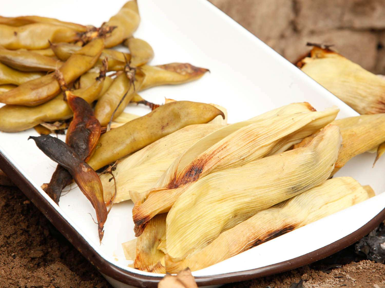 20140804-pachamanca-peru-fava-beans-tamales-katie-quinn-3.jpg