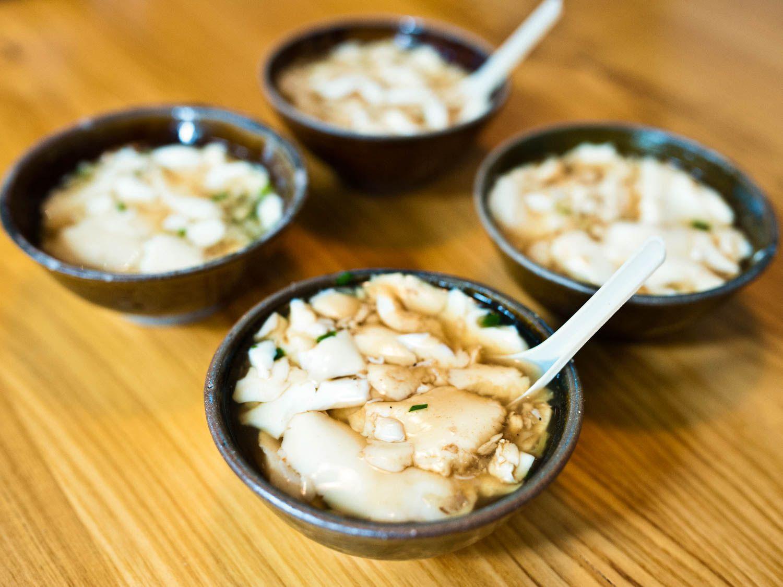 20150523-shanghai-streetfood-douhua-fionareilly-slide-09.jpg
