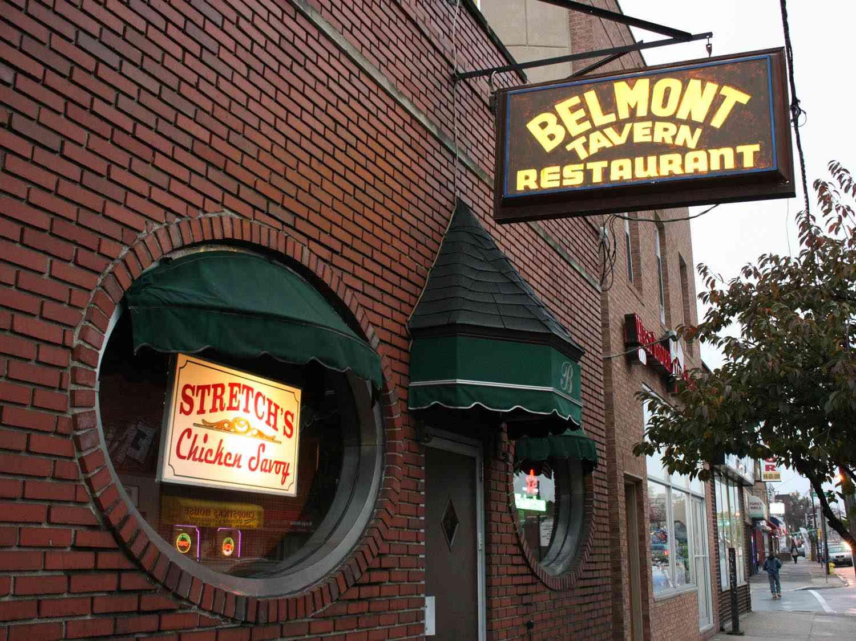 20150119-chicken-savoy-belmont-outside-1-drew-lazor.jpg