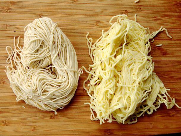 20130910-ramen-week-style-guide-ingredients-fresh-noodle.jpg