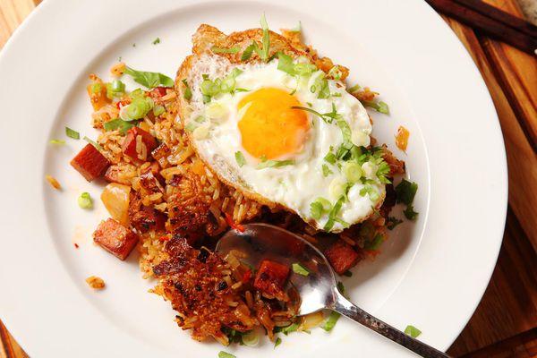 20160403-spam-kimchi-fried-rice-17.jpg