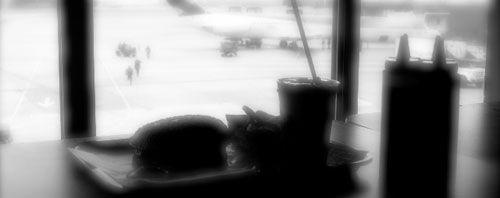 20081023-colombiavsus-airport.jpg