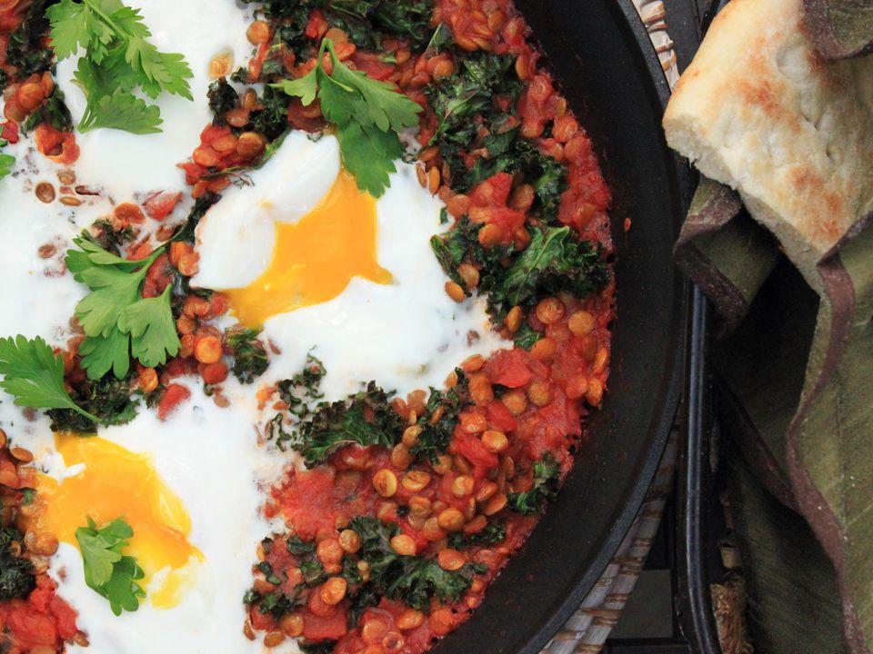 20140303-one-pot-wonders-tomato-lentil-egg.jpg