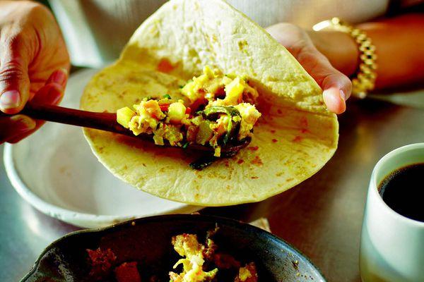 20140910-tacolicious-lone-star-breakfast-taco-alex-farnum.jpg