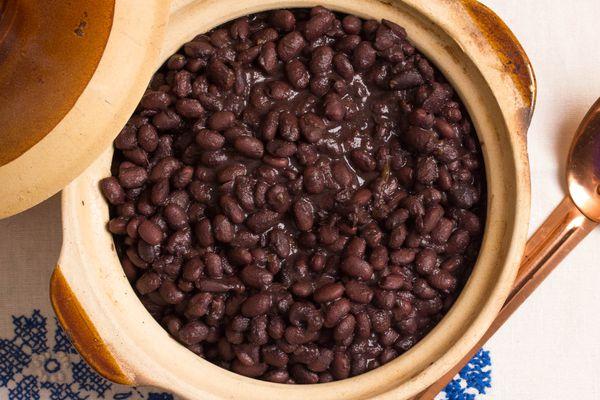 20140827-black-beans-vicky-wasik-4.jpg