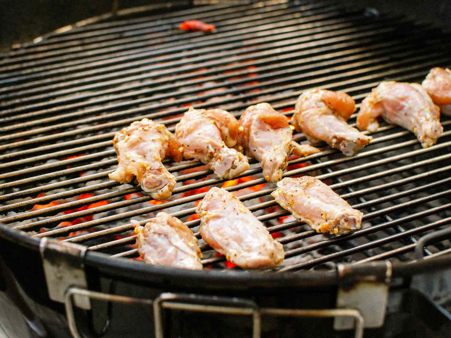 20150515-grilled-spicy-chicken-wings-soy-sauce-fish-sauce-shao-zhong-2.jpg