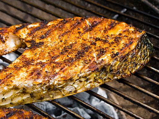 20120626-212333-how-to-grill-fish-flipped.jpg