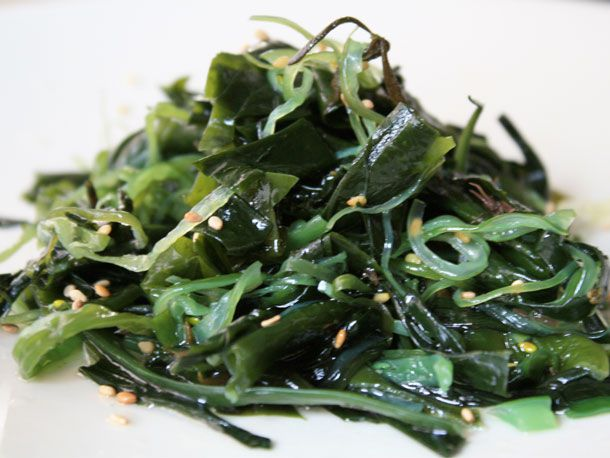 20101216-610-seaweed-salad.jpg